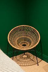 round whicker chair