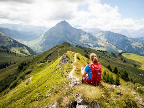 In Gstaad - Gratwanderung zwischen Horneggli und Rinderberg