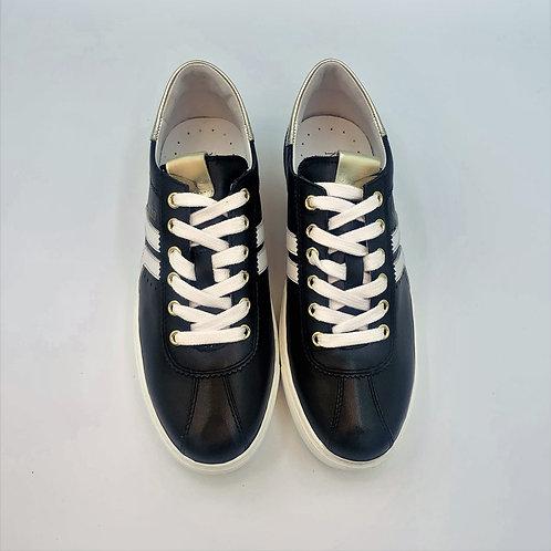 Retro Sneaker | Tricolor