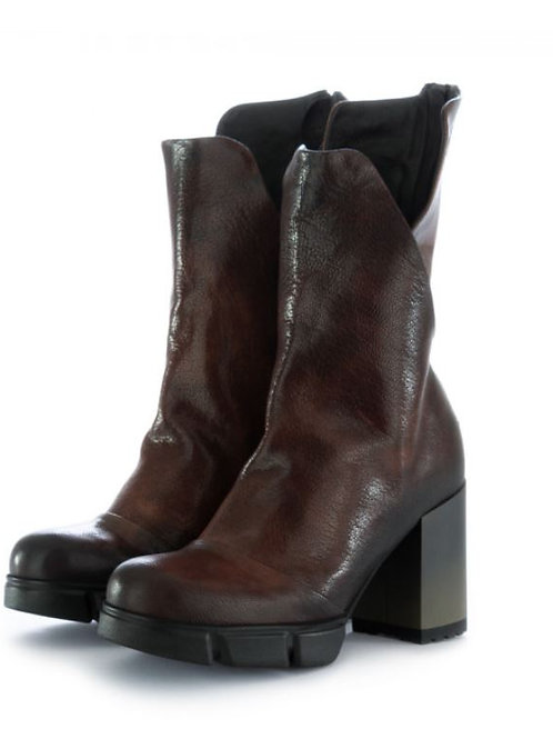 PAPUCEI Stiefel | brown-black