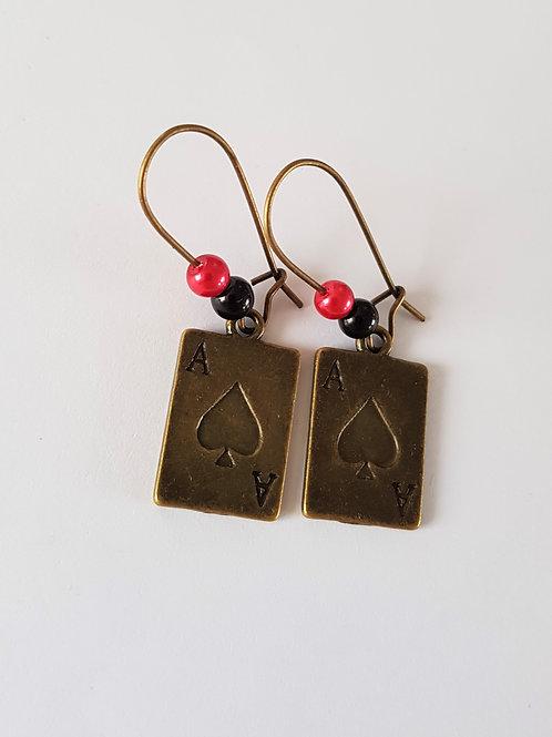 boucles d'oreilles vintage pendantes carte à jouer,as de pique,dormeuses,boucles originales,boucles bronze,fimorelie,bijoux