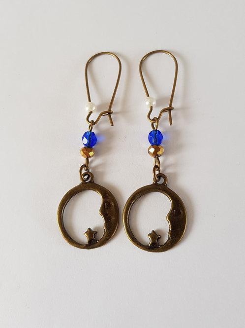 boucles d'oreilles céleste,lune,étoile,bleu et or,dormeuses pendantes,région centre,bijoux originaux,artiste française,cadeau