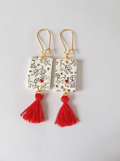 boucles d'oreilles chiens,blanc et or,idée cadeau,bijoux fait main,pampilles