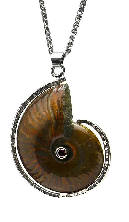 Garnet Set Ammonite Necklace