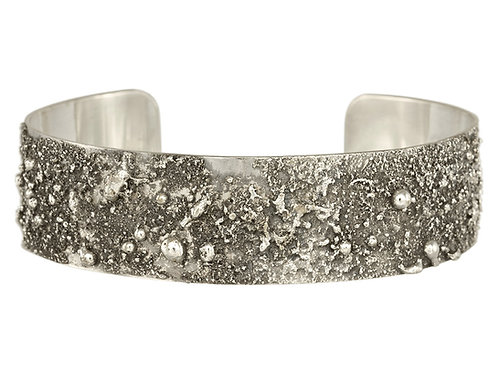 Dusted Cuff