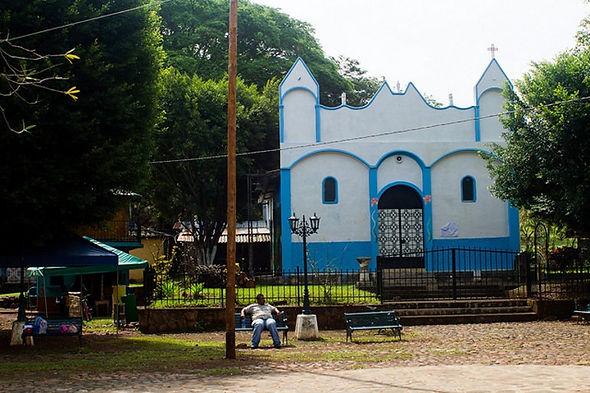 Iglesia Moz.jpg