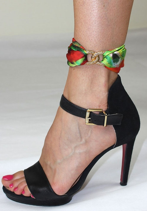 Poppies ankle silk bracelet