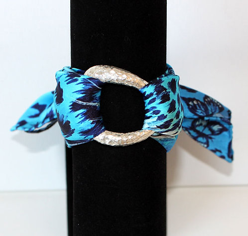 Feline silk bracelet
