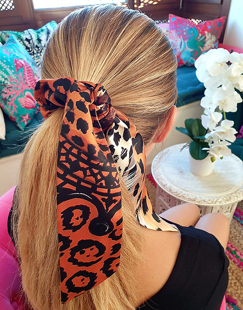 Jaguar bow scrunchie