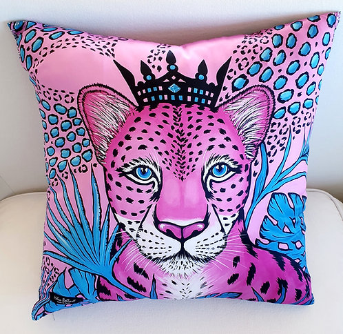 Sweet Leopard decorative pillow cover