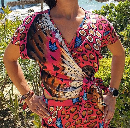 Camisa cruzada de leopardo dorado