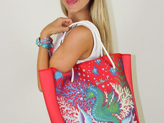 Women´s stylish neoprene bags designed by Helen Bellart
