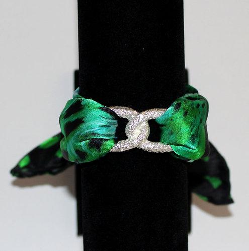 Green Tiger Join Infinity silk bracelet
