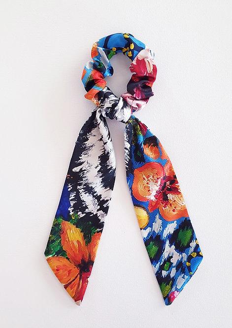 Tiger bow scrunchie