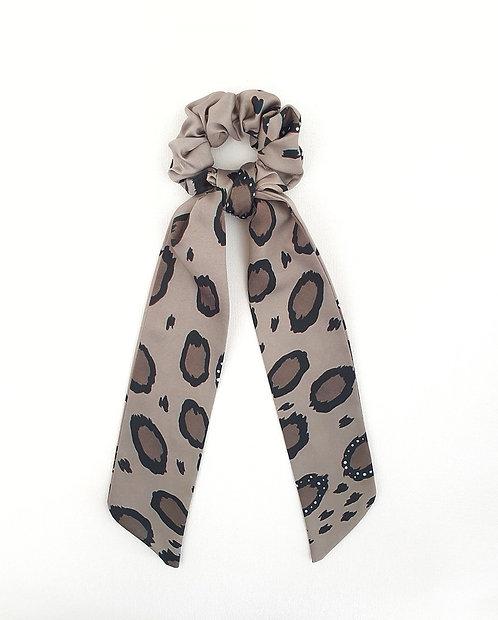 Leopardo bow scrunchie