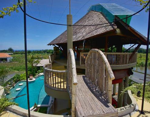 luxury-hotel-villa-roof.jpg