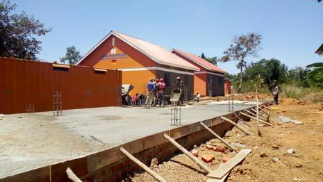 Bauaktivitäten der Vorschule in Kawolokota