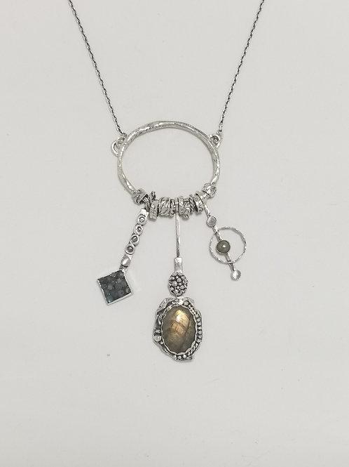 Relics Oval Labradorite Pendant