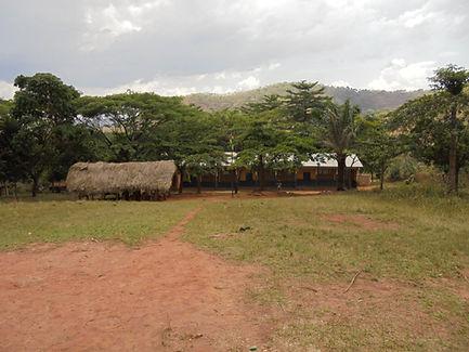terrain et classes de l'ecole de N'Tarré Kopé