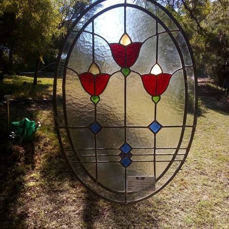 Three flower motif Oval.