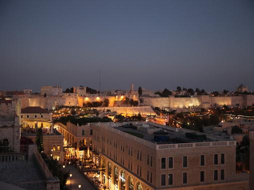 JERUSALEM_BY_NIGHT.jpg
