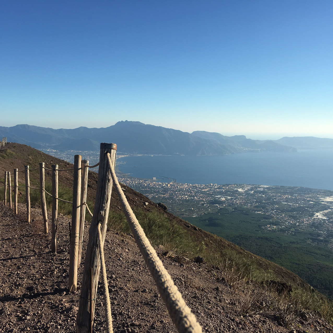 Solo Travel Part1 Vesuvius