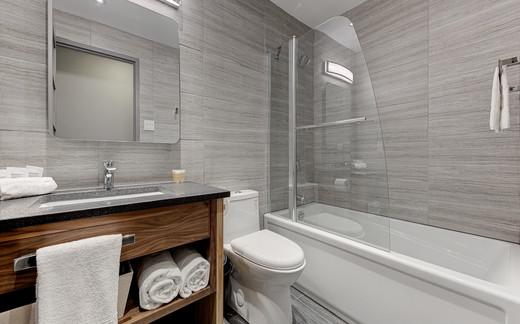 Standard spacious 1 bedroom C01