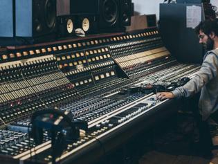 Music Tech Interviews Matt Wiggins for UAD