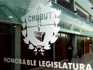 Chubut: La legislatura rechazó la iniciativa popular para prohibir la actividad minera