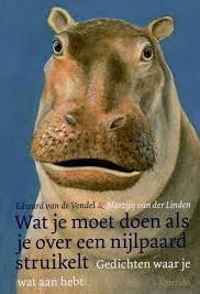 Wat moet je doen als je over een nijlpaard struikelt? | Hem terug struikelen