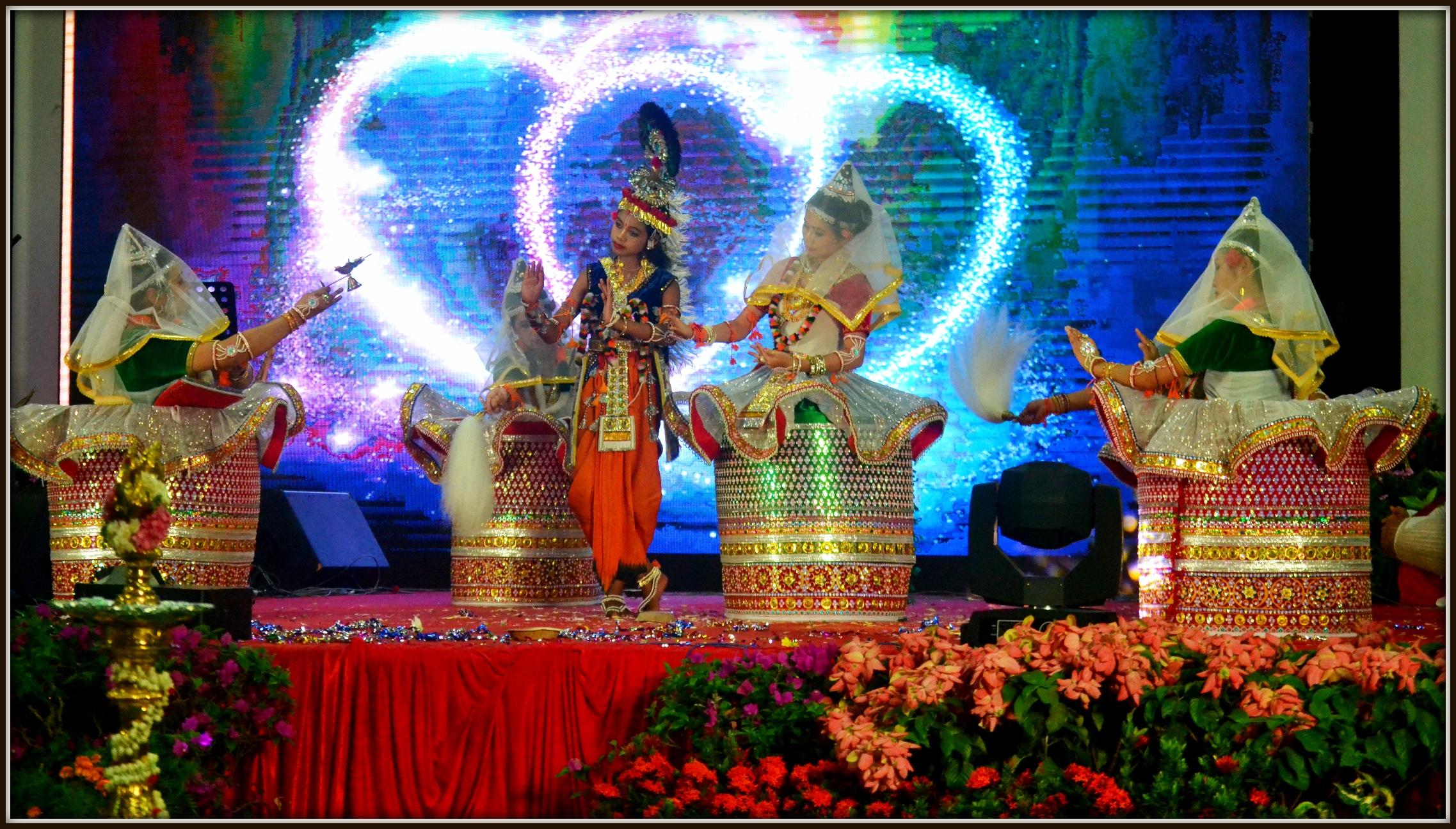 Taman Jurong Deepavali Show