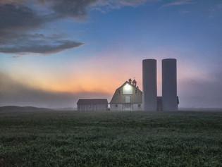 Townsend Barn at dawn