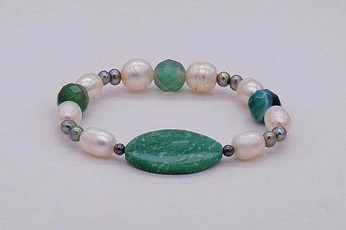 Bracelet en agate verte, jaspe verte et perles d'eau douce