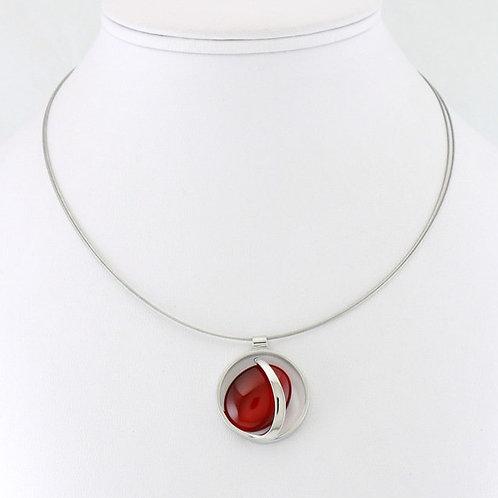 Collier avec pendentif ovale rouge