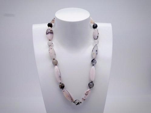 Collier en opale des andes, quartz à tourmaline et hématite