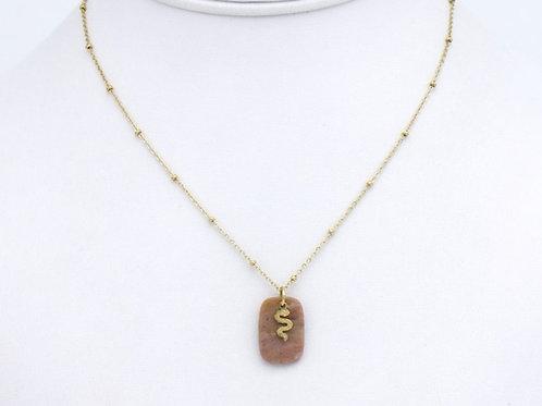 Collier en acier pendentif en pierre et motif serpent