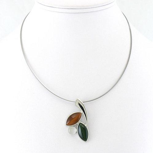 Collier avec pendentif tricolore brun vert blanc