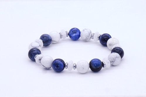 Bracelet en sodalite, howlite, cristl de roche et hématite argentée