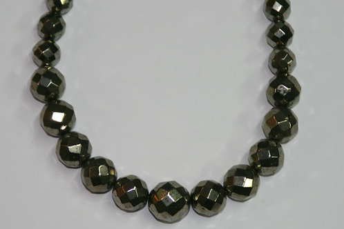 Collier en pyrite