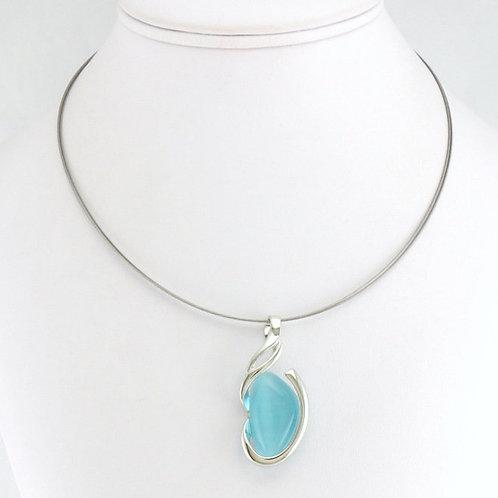 Collier avec pendentif ovale bleu turquoise