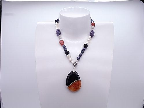 Collier en perles d'eau douce multicolores, améthyste, cornaline et pendentif