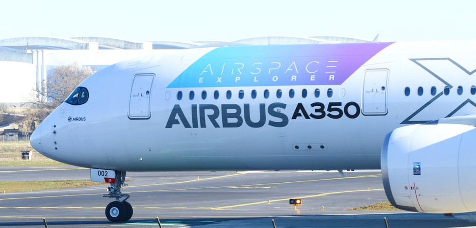 Airbus A350 MSN 002 X Adhetec