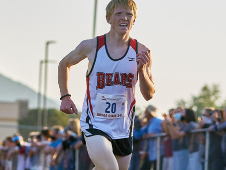 "SPORTS – ""Nielsen secures a spot on the podium in state cross-country"""