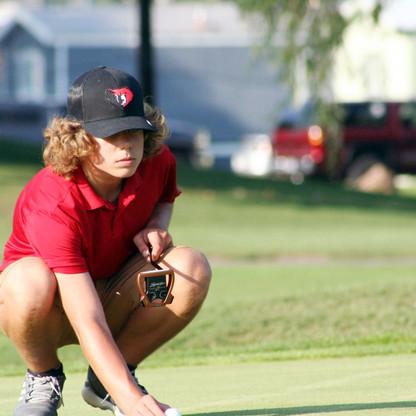"SPORTS - ""Bears fall behind in Region 11 golf"""