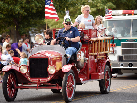 """COMMUNITY - """"Garland City Days parade marches down Main Street"""""""