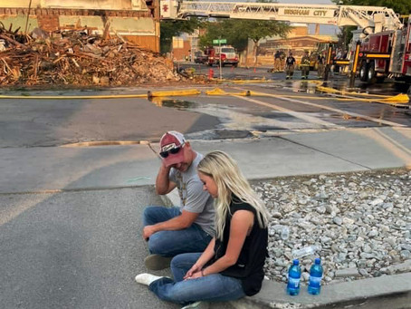 """NEWS – """"Sifting through the ashes; fire victim recounts loss"""""""