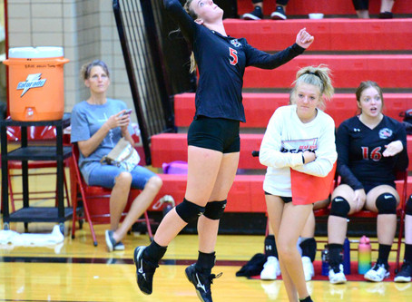 "SPORTS – ""Lady Bears end the week 1-1 on the volleyball court"""