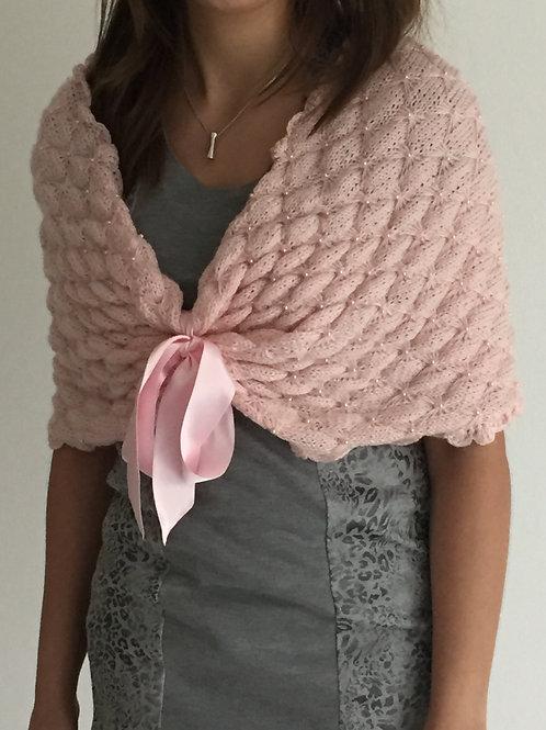 Gebreide sjaal met pareltjes en strik