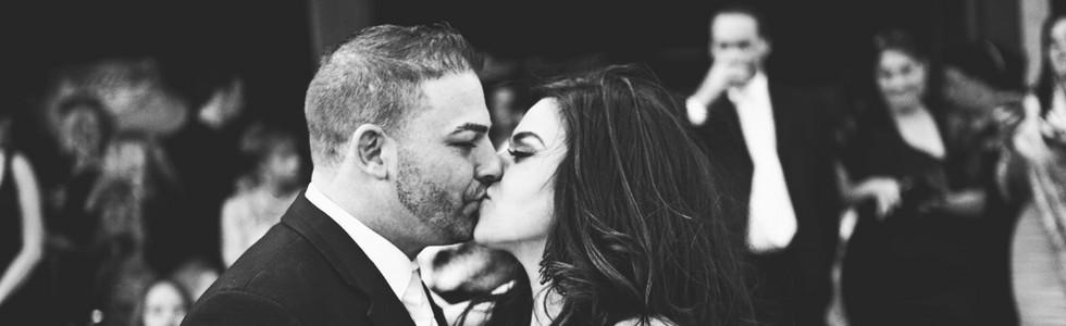 lauren Lou kissing.jpeg