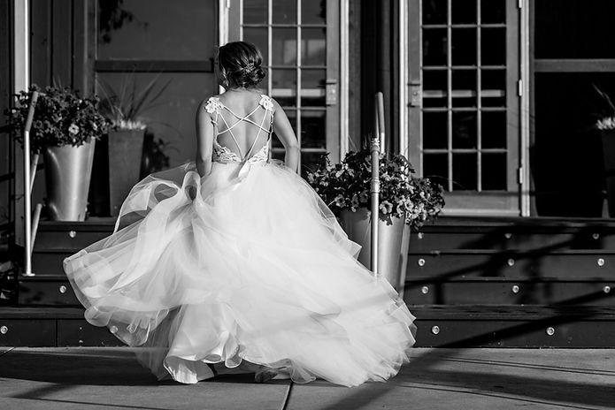 ditomo Bride-blk-white.jpg